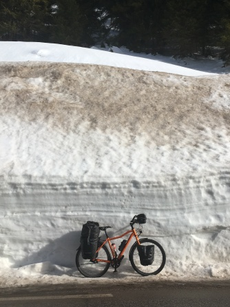 Sneeuwmuren richting Mariazell.