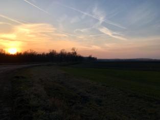 Zonsondergang in Hongarije na een mooie dag.