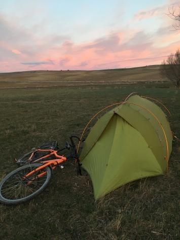 Koude nacht in de tent in de buurt van Haymana.