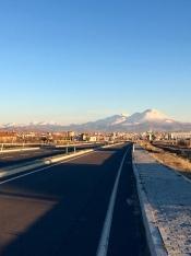 Aksaray met Mount Hasan.