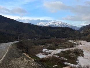 Door de vallei noord van Tunceli.