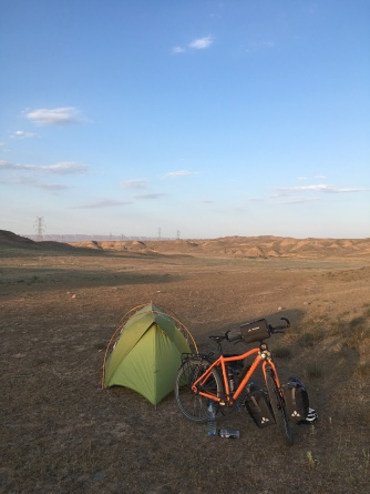 Laatste kampeerplaats in Iran.