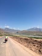 Afdalen richting Panj rivier.