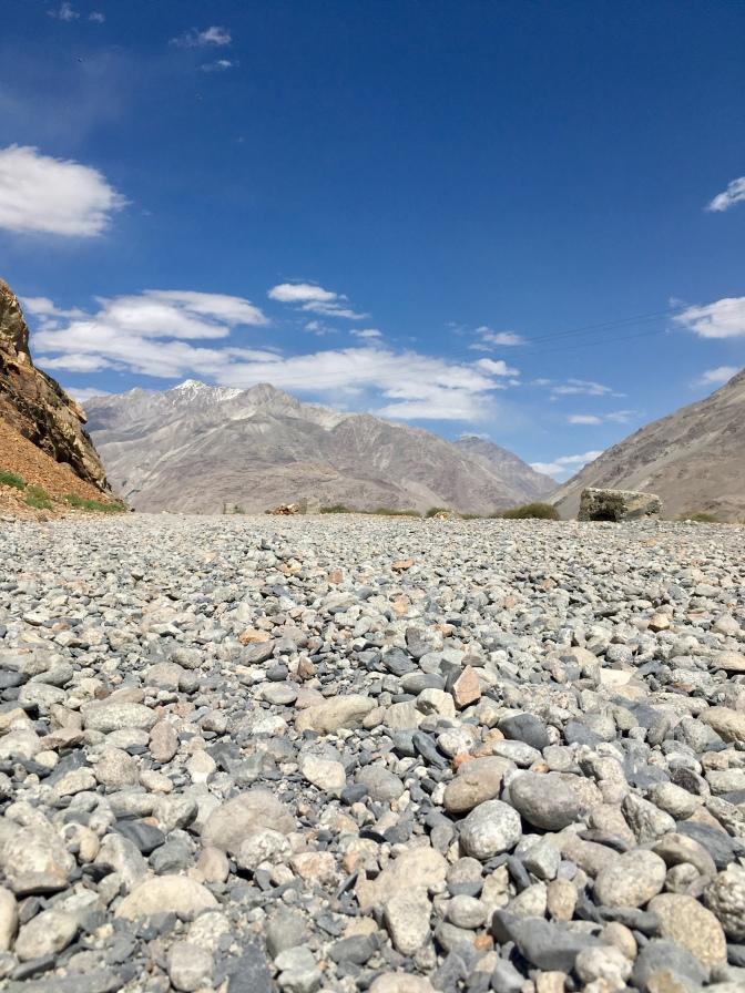 Gravel weg in de Wakhan.