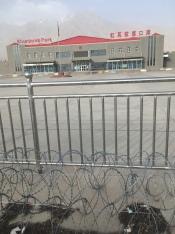 Khunjerab busstation: Vertrekplaats richting Pakistan.
