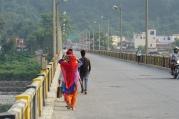 Kleurrijke vrouwen zijn terug te vinden in het Indisch straatbeeld.