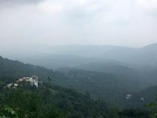 Het prachtige heuvellandschap van India.
