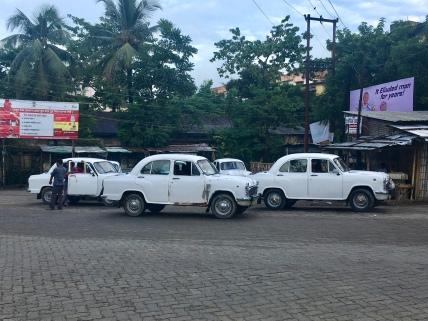 Mooie auto's in Silchar.