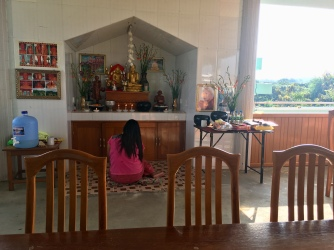 Boeddhistisch 'altaar'.