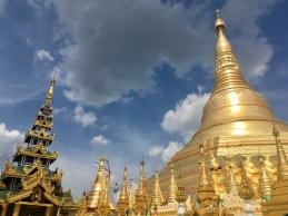 Shwedagon pagoda.