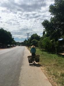 Myanmarese fietser.