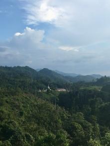 De laatste heuvel in Myanmar voor Thailand.