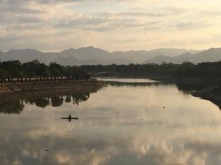 Good evening Vietnam.