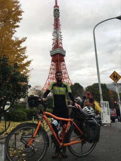 13/12/2020: Aan de Tokyo Tower.